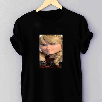 "Astrid How To Train Your Dragon - T Shirt for man shirt, woman shirt ""NP"""