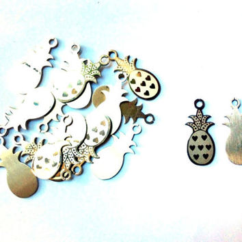 set of 8 pieces pineapple charm, 12mm x 28mm, stainless steel - C98