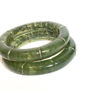 Translucent Lucite Bangle Bracelets, Green Marbleized Swirl, Matching Set Of 2, Chunky Bangles, Gold Tone Wire Wrapped, Vintage Gift For Her