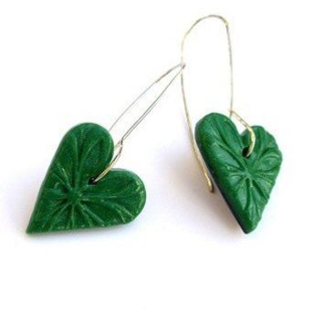 Green heart earrings polymer clay by JPwithLove on Etsy