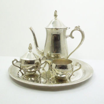 International Silver silverplated tea set - coffee/teapot, sugar bowl, creamer, and serving tray - Silverplated hostess set