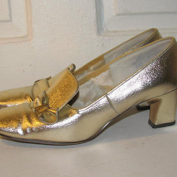 60's MOD METALLIC HEELS // Front Row Vintage Pumps Size 6.5 Hipster Loafers 70's Costume Play Prop