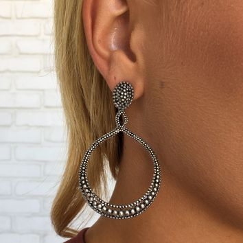Laci Hoop Earrings in Silver