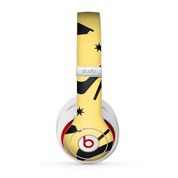 The Yellow & Black High-Heel Pattern V12 Skin for the Beats by Dre Studio (2013+ Version) Headphones