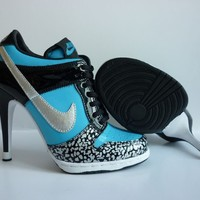 WMNS Nike Dunk Heels Shoes Low Blue Black Silver