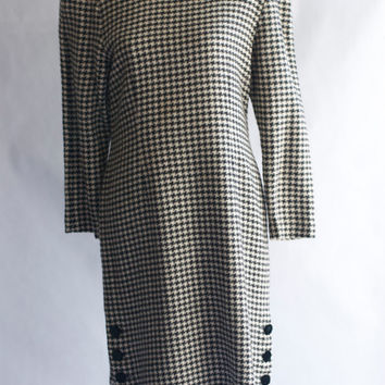 Vintage 1970's Albert Nipon  black/white tweed shift dress 12P