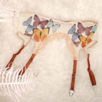 Butterfly Beauty Printed Mesh Garter