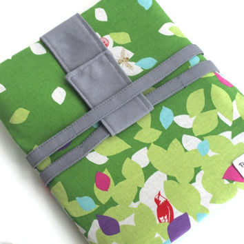 Back to School iPad Case, iPad Sleeve, iPad Cover, iPad Sling Bag, Padded Case, Tablet Padded Cover,Green Leaves