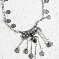Black Stone Ornate Disc Pendant Necklace