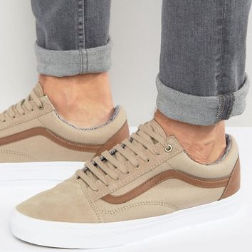 Vans Old Skool Canvas Trainers In tan V004OJJOK at asos.com