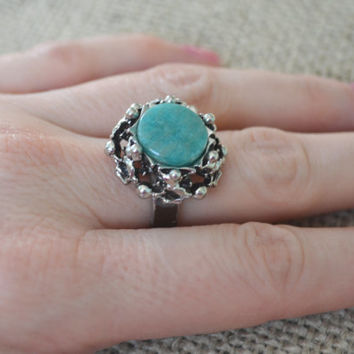 Vintage Ring, Silver tone, Faux Turquoise Blue Cocktail Ring, 1970s Costume Jewelry