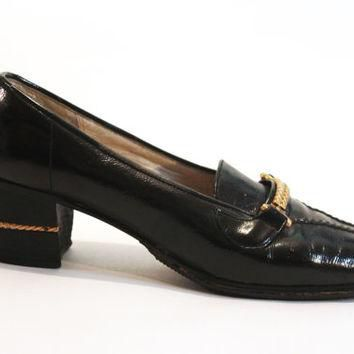 Genuine Vintage Gucci | Black Leather Shoes (Loafers) with Gold Metal Accents | Women