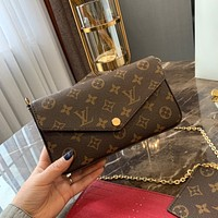 Louis Vuitton LV Pochette Felicie Chain Wallets