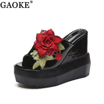 Women Sandals Summer Embroidery Flower Leisure Shoes Women Platform Wedges Fish Mouth Gladiator Sandals Thick Bottom Slippers