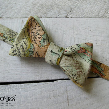 World Map Bow Tie~Mens Self Tie Bow Tie~Anniversary Gift~Vintage Map Bow Tie~Map Tie~Gift for Traveler~Gift for Him~World Traveler~Cotton