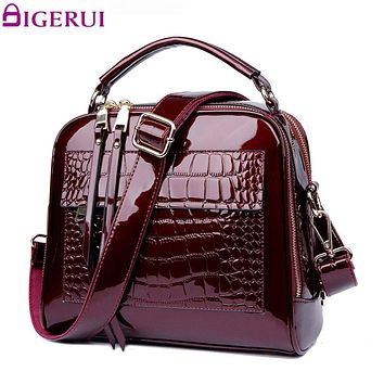DIGERUI New Women Bag Patent Leather Handbags Crocodile Vintage Women Totes Bag Female Luxurious Shoulder Bags Totes A197