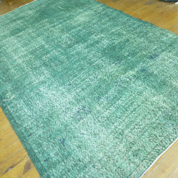 Green Recolored area rug, 8,8 * 5,7 feet