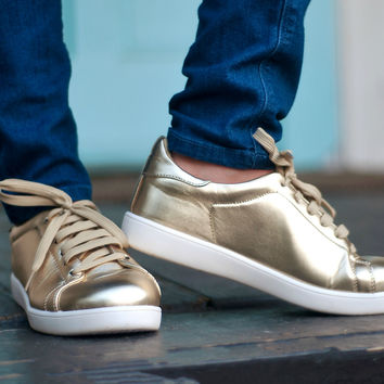 Weekend Kicks | Gold | Shoes