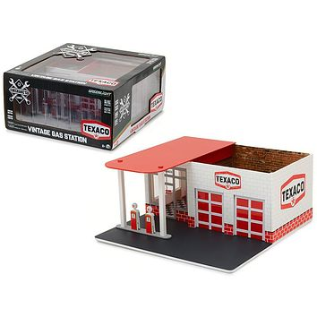 Mechanic\'s Corner Series 1 Vintage Gas Station Texaco Oil 1:64 Greenlight