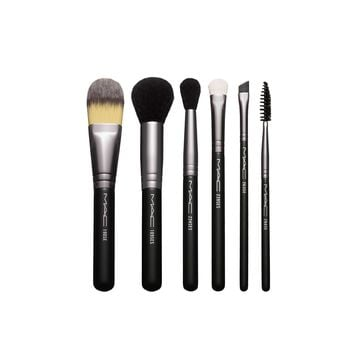 Look In A Box: Basic Brush Kit | MAC Cosmetics - Official Site