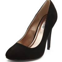 NUBUCK ALMOND TOE PUMP