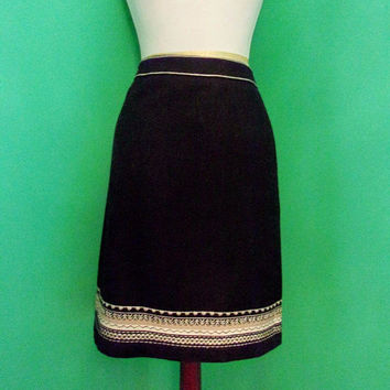 Ann Taylor Loft Vintage Black Wool Blend Pencil Skirt Embroidery Above Knee Length Sz 6