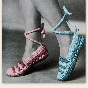 Vintage slippers Crochet Slipper Pattern Ankle Wrap Style house slippers WINTER shoes pattern PDF Instant Download epsteam knitting pattern