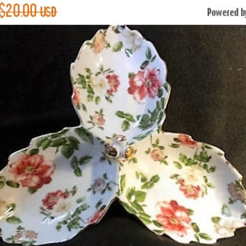 Christmas Sale Royal Danube Rose divided Candy Dish/ Divided plate (400)