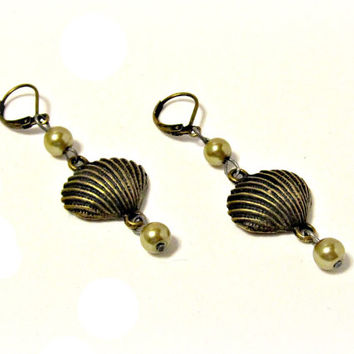 Antiqued Brass Shell Dangle Earrings with Pearls - Wedding, Bridesmaid, Prom, Gift, Vintage Inspired