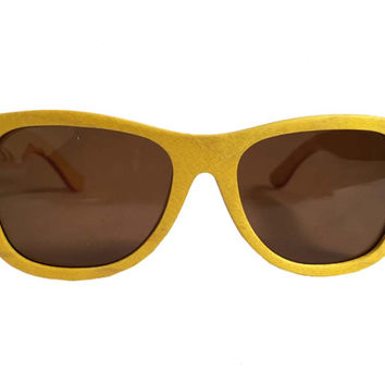 Mato Handmade Eco-friendly Wayfarer Style Skateboard Wood Sunglasses