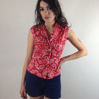VINTAGE BANDANA TOP - red, white and black - sleeveless - cropped - white buttons - small