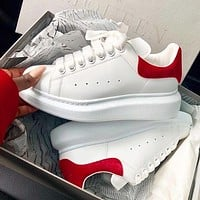 ALEXANDER MCQUEEN New Women's Tide Brand Muffin Thick Foundation Increased White Shoes(Velvet tail) red