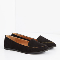 Black Scalloped Nubuck Loafer by Qupid
