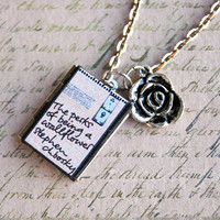 Beloved stories - a miniature book locket of the Perks of being a wallflower