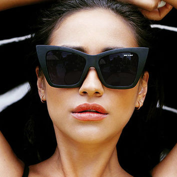 Quay Eyeware x Shay Mitchell Vesper Sunglasses in Black