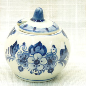 Small Delft Pot with Lid, Blue and White, Flowers and Foliage Design, Made in Holland, Delftware, Hand Painted, Hand Crafted