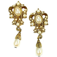 Faux Pearl Drop Earrings Vintage Victorian Gold Tone Clip On e520