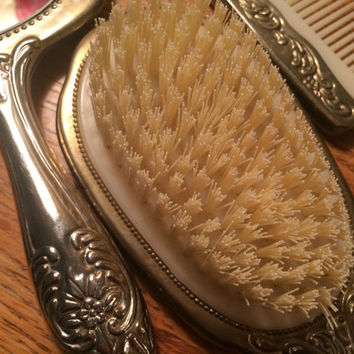 Silver Hand Mirror Brush Comb Set Ornate Floral Pattern Vintage Early American Heavy Trio Hairbrush Circa 1950s KISVTEAM Wedding Photo Prop