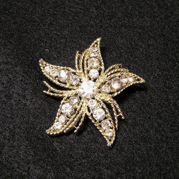 Vintage 1970s Star Fish Brooch Pin with Rhinestones in Gold Tones, 2.125 Inches Wide, Costume Jewelry, ~~by Victorian Wardrobe