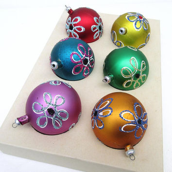 Vintage Christmas Ornaments, Tree Ornaments, Spirograph Flowers, Unbreakable Christmas Balls, Made in Italy