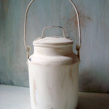 Vintage Leyse Aluminum Milk Pail, White Painted Vintage Milk Jug, Country Cottage Milk Can, Shabby Chic Kitchen Decor, Rustic Farmhouse