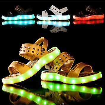 2017 Summer Children beach sandals fashion shoes for girls USB charging luminous shoes boys footwear kids non-slip