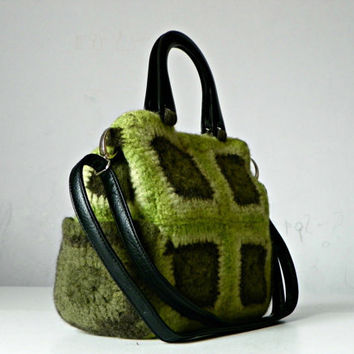 Women bag, granny square crocheted felted, green shades, messenger bag, shoulder bag, adjustable leather strap