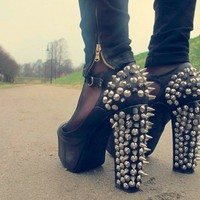 Rivet High-heeled  shoes