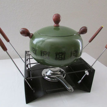 14-0814 Vintage 1960s Avocado Green Fondue Set / Fondue Pot / Mid Century / Cookware / Vintage Kitchen / Avocado / New In Box