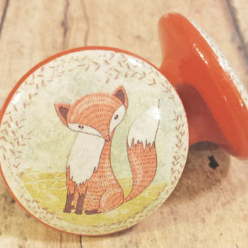 Set of 2 Fox Knob Drawer Pulls, Nursery Wood Dresser Knobs, Woodland Animal Cabinet Pull Handles, Baby's Room, Country Decor, Made To Order
