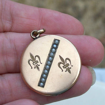 Antique Fleur De Lis Locket Seed Pearls Gold Filled Old Photo