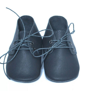 Baby charcoal leather oxfords, Baby boy shoes, Soft sole baby shoes, Grey leather booties, Baby moccasins, Newborn gift, Baby wedding shoes
