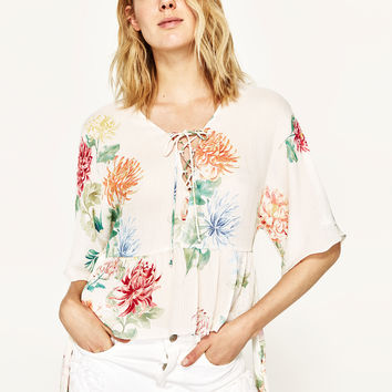 FLORAL PRINT TOPDETAILS