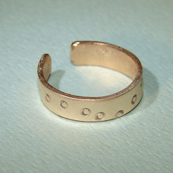 Bronze toe ring with bubbly personality by NiciLaskin on Etsy